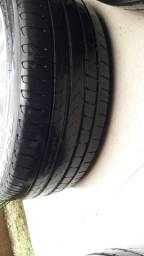Roda com pneu do estilo