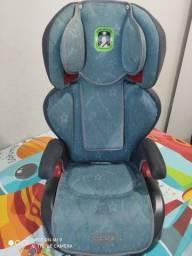 Cadeira de carro para criança muito conservado