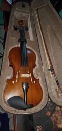 Violino 3/4 ótimo estado, aceitamos débito e credito