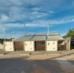 Vendo Casas 02 quartos sendo 01 suíte - Jardim Sion