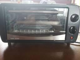 Mini Forno elétrico Black & Decker FT90