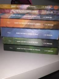 Coleção literária Harry Potter (inteira)