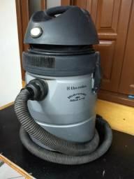 Aspirador de pó e água Eletrolux Hidrovac