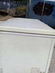 Freezer eletrolux 390l