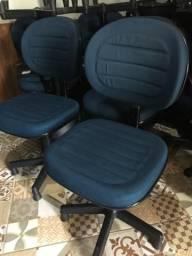 50 cadeiras de escritório para costureira