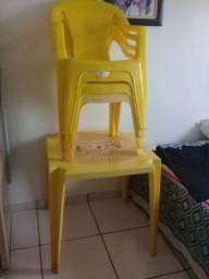 Conjunto 1 Mesa e 4 Cadeiras