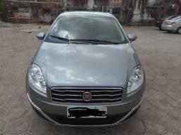 Vende-se Fiat Linea - 2015