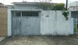 Casa 2/4 no Pinheiro