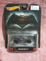 Batmobile Batman X Superman Hotwheels lacrado