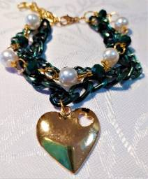 Pulseira Tripla Cromada Verde Coração Dourado