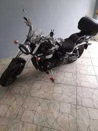 Suzuki M800
