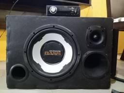 Caixa de som e rádio