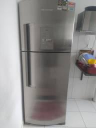 Geladeira BRASTEMP 440 litros de inox