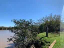 Sítio de 3 hectares nos fundos do rio Caí-Aceito carro e parcelo