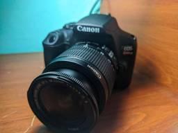 Canon T7+