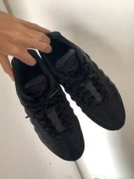 Air Max 95 Triple Black 41