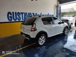 Vendo Sandero stpway 2014 automático (86)9- *
