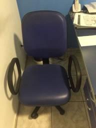 Vendo cadeiras diretor