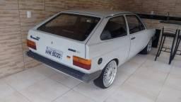 VENDO GOL BX 1985 COM MOTOR PRA FAZER