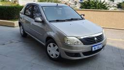 Renault Logan Expression 1.6 2011 - Completo