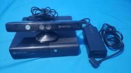 Xbox 360 com Kinect + 2 controle (tudo no original)