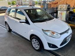 Fiesta Hatch 1.6 Flex 2014 (Repasse BB Concorcio)