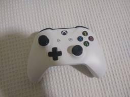 Controle Xbox One Bluetooth Com entrada p2 - Leia