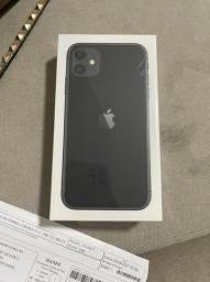 iPhone 11 64 GB lacrado com nota fiscal
