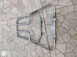 Bagageiro reforçado para baú moto start
