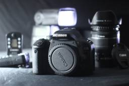 Canon Kiss X4 (t2i) com caixa + adicionais (Oportunidade!)