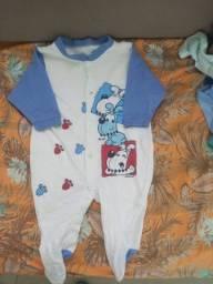 Lote de roupas de bebe menino + de 40 pecas 350 reais