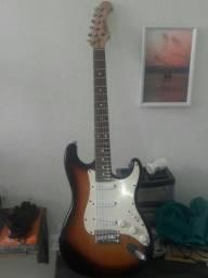 Vendo guitarra strato Eagletone