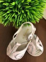 Sandália couro tamanho 22