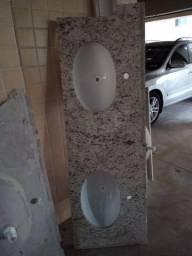 Pia para banheiro duas cubas pouquíssimo usada
