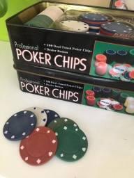 200 fichas de poker + ficha do dealer profissional