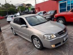 Astra Sedan ELITE 2.0 8v Flex AUT. 2005 * Top!
