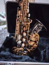 Vendo ou troco Sax Soprano curvo novíssimo!!!