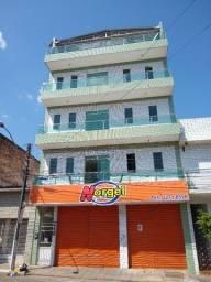 Aluga-se apartamentos conservados no bairro novo