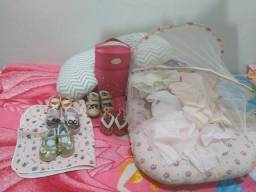 Lote de coisas pra bebê