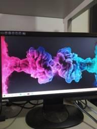 Monitor 16 polegadas - Entrada VGA - Precinho ! - Linda Imagem !