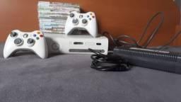 Videogame xbox 360 em boas condições Apenas 450. Leia A Descrição