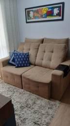 Sofá Retrátil e Reclinável 2 Lugares ? Suede Bege com Almofadas (1,80 m)