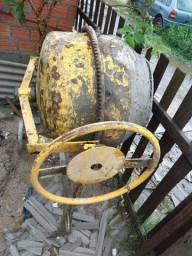 Betoneira 120kg precisa refazer o motor