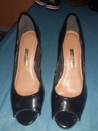 Sapato feminino Viamarte n.39