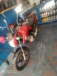 Aceito troca  en moto maior ou carro moto zera zap *