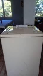 Máquina de afiar lâminas de tosa
