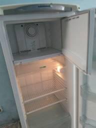Geladeira Frost Free Consul facilite 300 litros