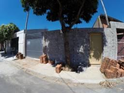 Terreno Bairro Clovis picoloto, todo murado e com portão novo