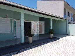 Casa Alvenaria à venda em Guaratuba/PR