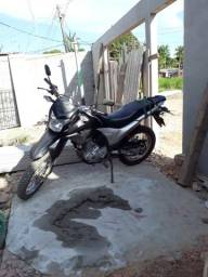 Vendo moto 160 - 2016